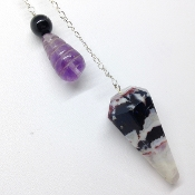 Pendulum 1 - Garnet in Quartz